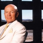 Mark Mobius: 'Russia is low-cost - I am buying'